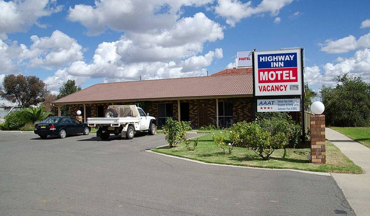 Hay,Motel,1053