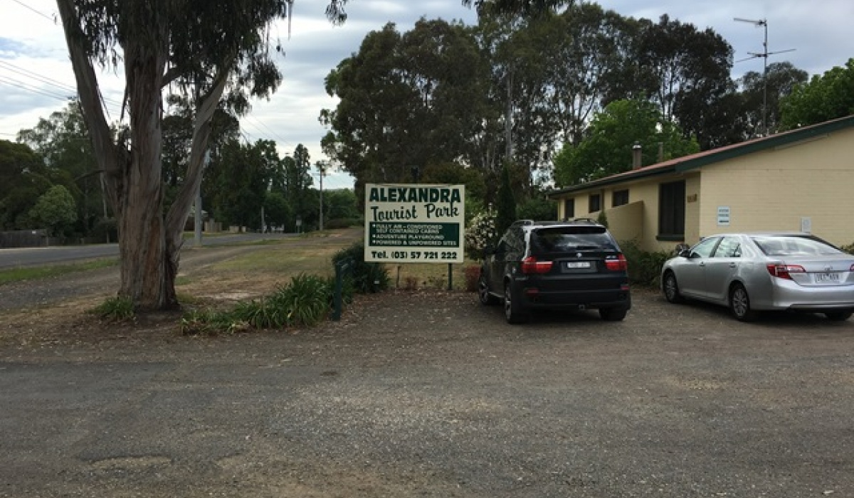 Alexandra,Caravan Park,1058