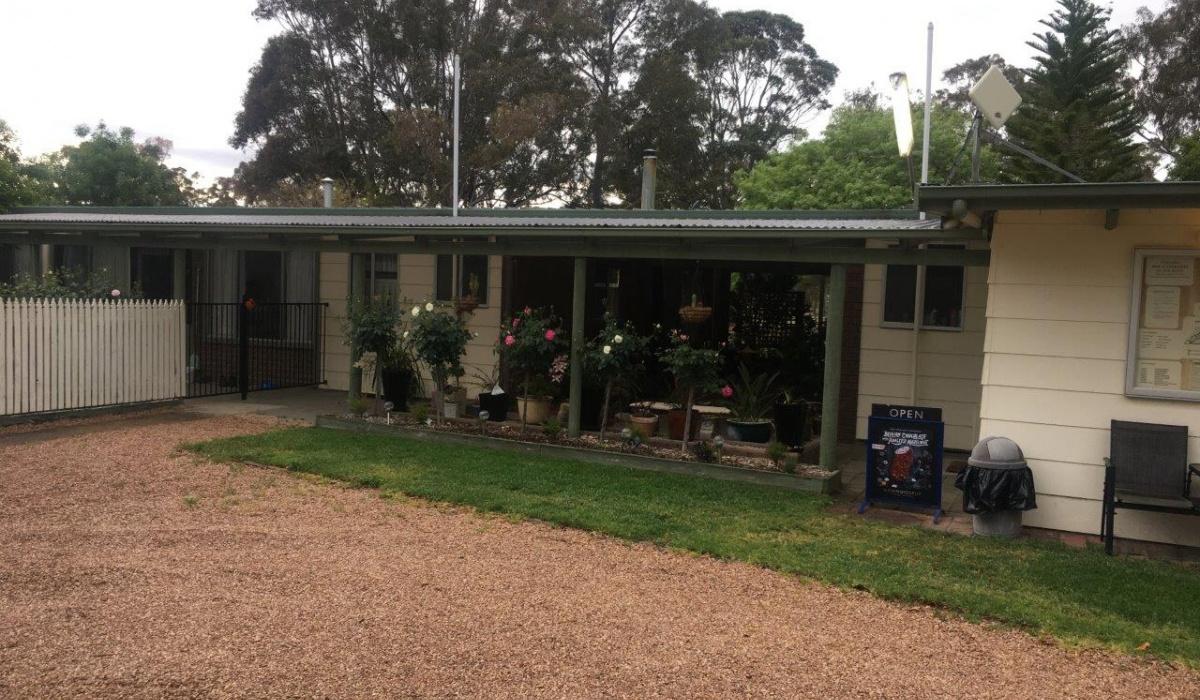 Nicholson,3882,Caravan Park,1064