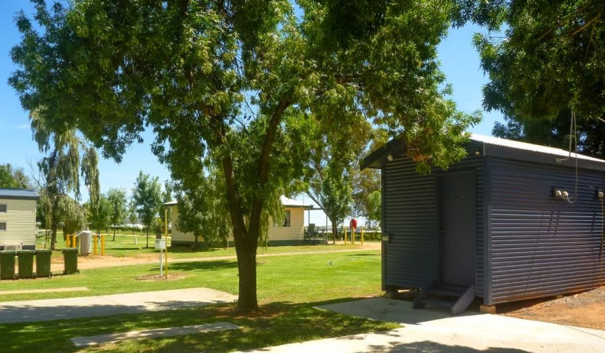 Caravan Park,1082